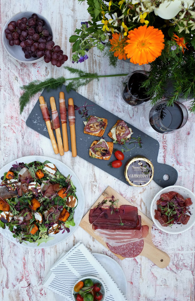 Al fresco picnic dinner - Hartlief Kitchen