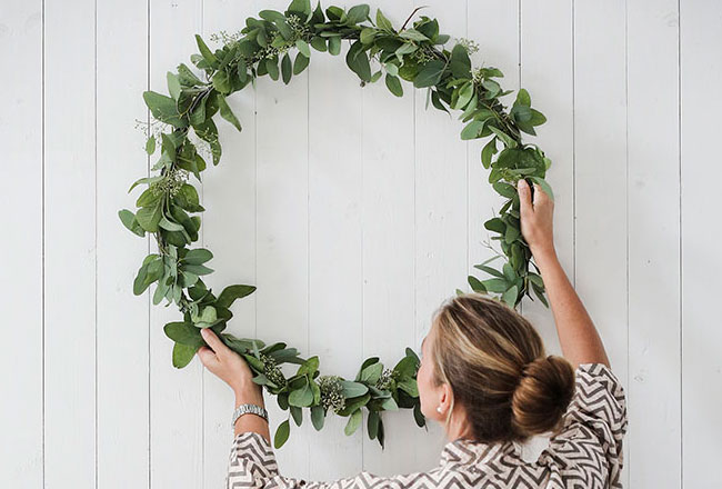 Natural christmas wreathes lanalou style - Admirable christmas wreath decorating ideas to welcome the december ...